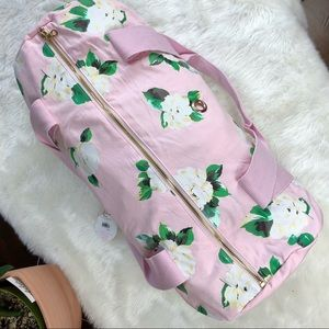 de09ed12164f ban.do Bags - Bando Ban.do duffel gym bag lady of leisure pink